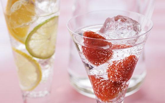 Las fresas protegen al estómago del alcohol
